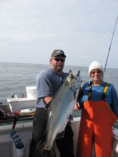 20070821 2 Big Blue Charters Alaska Fishing